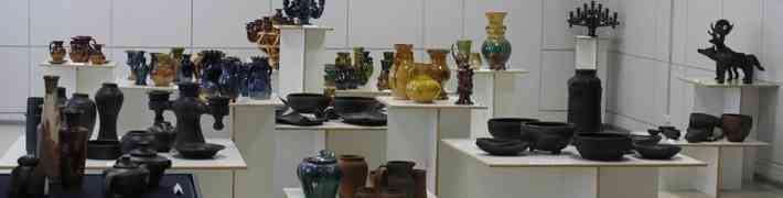 """Izstāde """"Latgales keramika – tradicionālais un mūsdienīgais"""" skatāma līdz 8. septembrim"""
